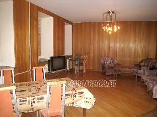 трехкомнатная квартира в аренду метро Спортивная